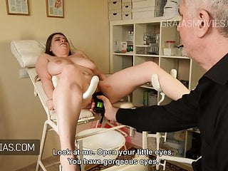 Download video bokep Large tits fondled and squeezed Mp4 terbaru