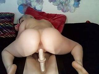 White girl  big booty