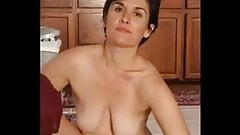 Photos Of The Hot Mom And Her Furry Pussy