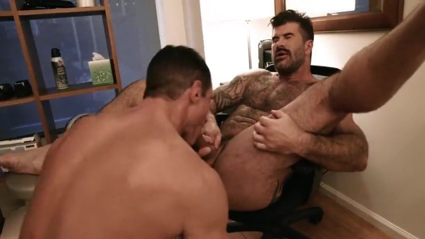 Adam Killian's Jucy Large Cock and Fuckable Ass Gap (uncooked)