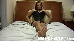 I want you to cover my feet with you sperm JOI