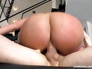 Livegonzo Jullie Cash Pussy Fucking Bbw