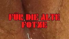 HEISSE ROTZE FUER DIE ALTE FOTZE