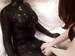 Preview 4 of latex doll masturbate with kigurumi 2