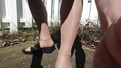 outdoor PANTYHOSE foot, toe soles tease