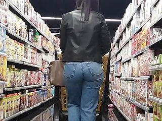 SUMERMARKET SEXY ASS