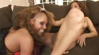 Raven Vixen & Jazmine Cashmere Threesome