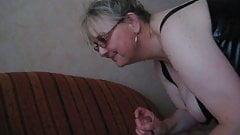 hot mature Nina sucking