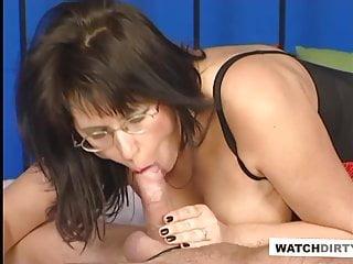 Prasačí chvostík Ázijské porno