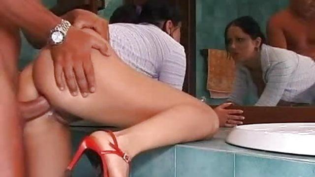 Έφηβος/η Brunete πορνό