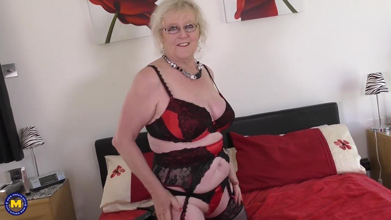 Old British Grandma With Very Hungry Vagina Free Porn B6-8650