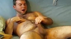 Hot hairy cumming 11217