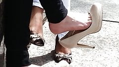 Shoe dangle goddess - CANDID high heels - YUM!