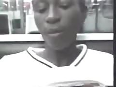Black girl on Paris subway.flv