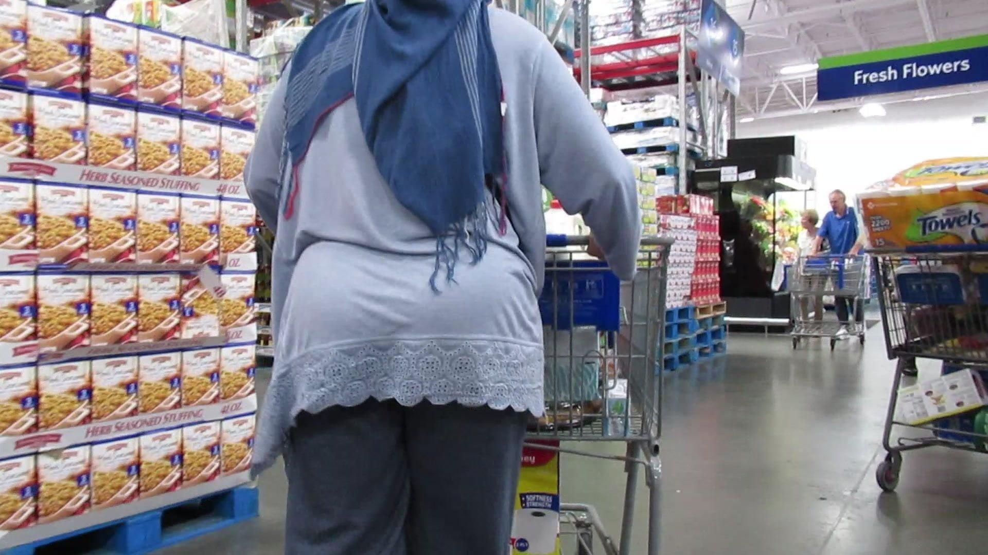 Hijab fat ass granny booty closep