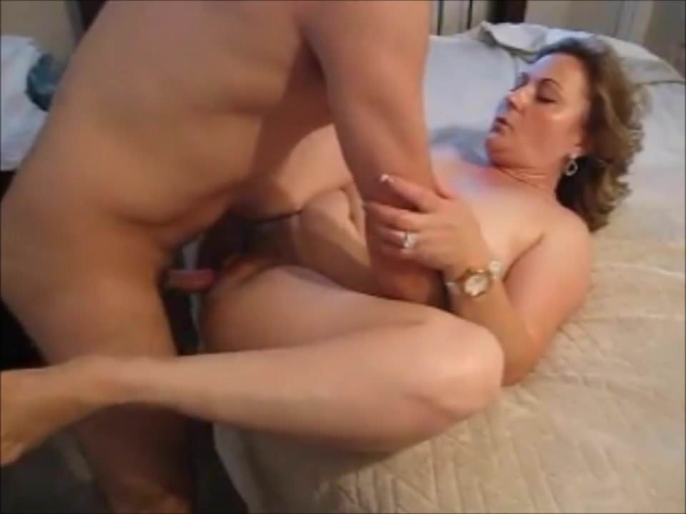 Horny Mature Hairy Fingering
