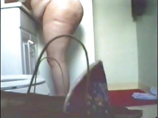 Watch my fat mom fully nude in bath room
