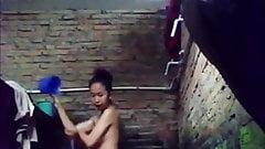 bath voyeur