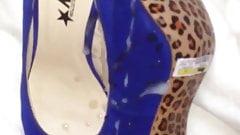 Quick cum on brand new gold tip high heels