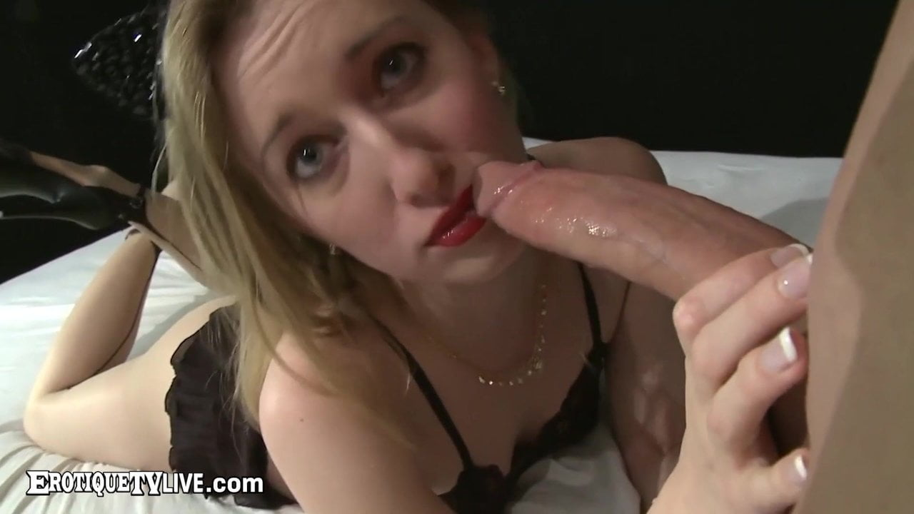 Thin Blond Riley Reyes Mouth & Pussy Fucked By Eric John