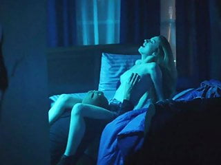 Zoey Deutch Sex Scene in Vincent n Roxxy On ScandalPlanetCom