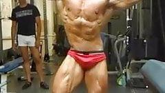 Str8 Omar posing - bulge