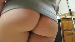 Thick hairy amateur shakes her ass