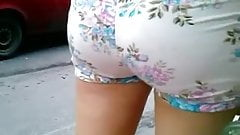 Culo rico short floreado