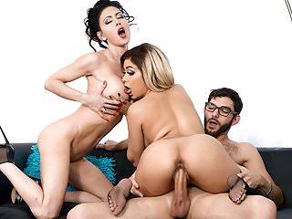 Jessica Jaymes Aaliyah Hadid Fucking A Big Dick Big Booty