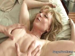 Sexy aunt Nina Hartley sucks everything out of my young cock