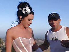 Double pleasure for abandoned bride