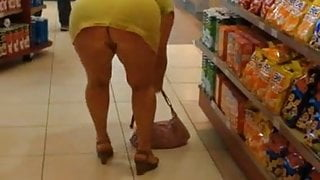 flashing dans un magasin
