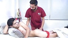 Sports doctor provide expert treatment