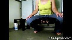 Kasia-Privat Pisst sich in die Hose