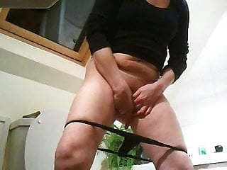 Candid Pussy Shots From A Hidden Cam