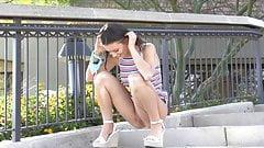 Preciosa anglosajona peeing pee pissing piss in public