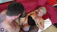 Mature mother suck and fuck tattooed boy