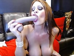 Hottie Jade with big boobs fists squirting gaping pussy
