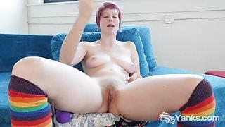 Yanks Minx Aurora Odaire Masturbates