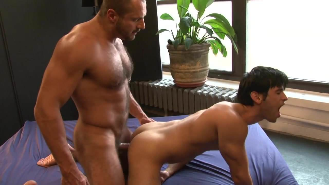 Trystan bull cock blown by twink