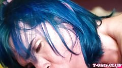 Stockings tgirl sucked off by bluehaired ts