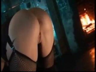 girl meryamvip1 squirting on live webcam