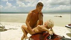 Free Fantasy 30 - Beach & Holiday Pleasures