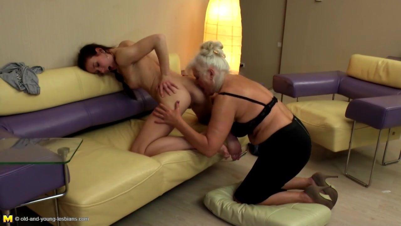 Old Grandma Eats Licks Fucks Young Schoolgirl Free Porn E2-6972
