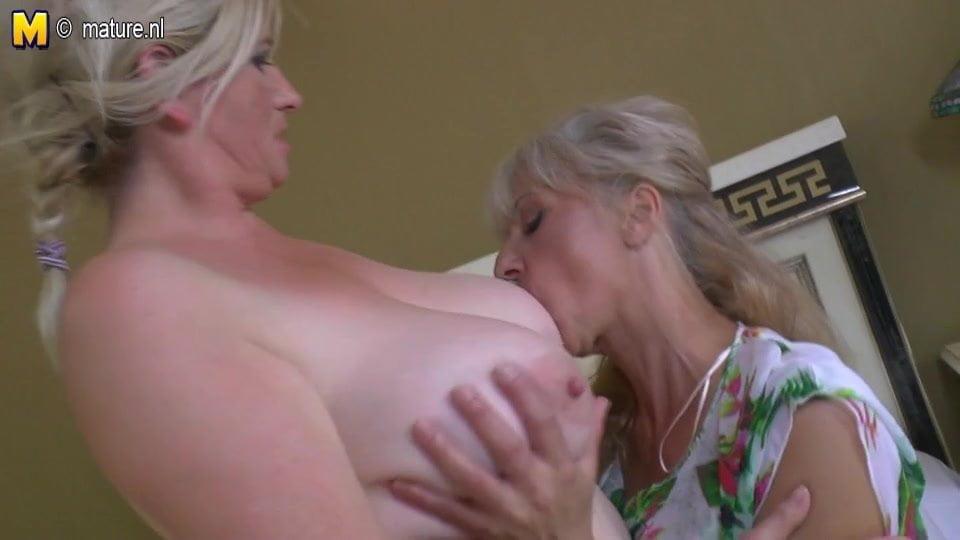 Lesbian fight porn videos-7210