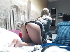 she's masturbating and showing her feet to me, ignoring bf