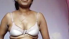 indian girlvery hot