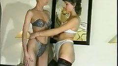 Lesbians Fisting 1
