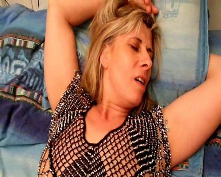 Double penetration and loud Moaning orgasm