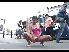 Bus Stop Piddle.wmv